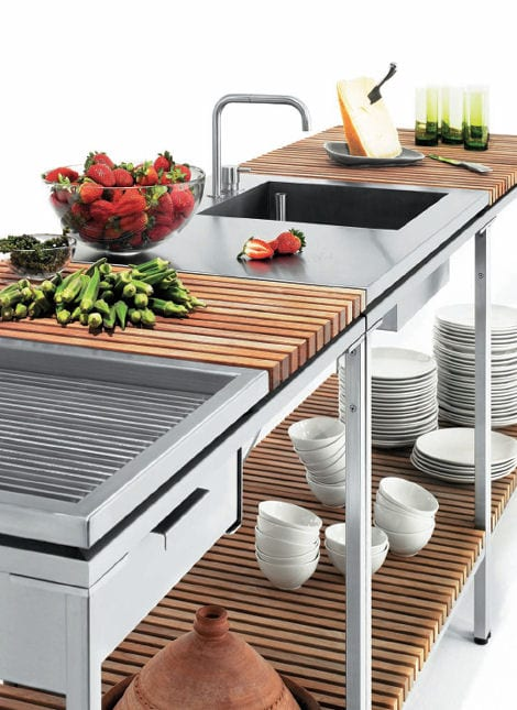 Outdoor Kitchens and Baths Design 12