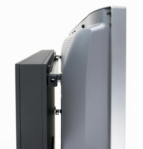 Attaching a TV to a Mount