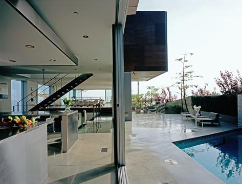 Hollywood Hills Home Pictures : Modern Design with Amazing Views 9