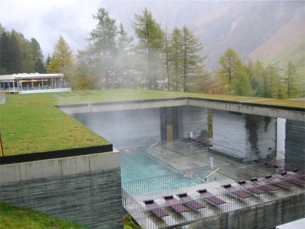 residential architecture peter zumthor.jpg