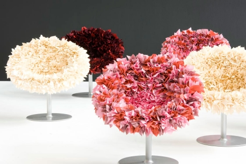 "Tokujin Yoshioka's ""Bouquet Chair"" from Moroso of Italy"