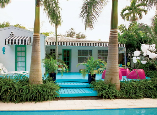 Exterior decorating with bright colors