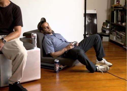 Upwell Downlow Chairs Bring You Down to Earth for Better Gaming