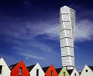 20 Of The World S Coolest And Bizarre Buildings