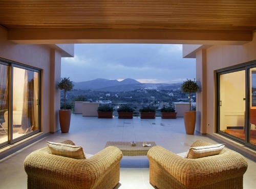 Agia Marina Luxurious House Awaits to be Discovered in Athens 8