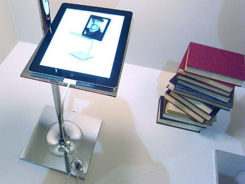 Bibliotheque Nationale Floor Lamp by Philippe Starck Charges iPads 11