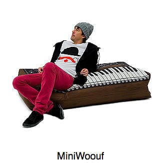 Woouf Themed Bean Bags Enhance Your Multimedia Room 9