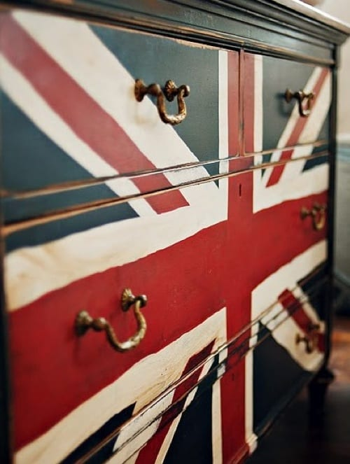 Union Jack Furniture Gives a Nod to the UK