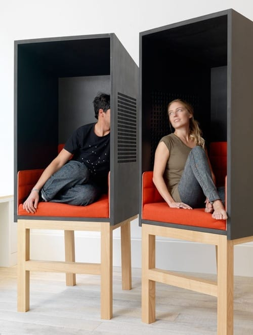 10 Chic Privacy Seats