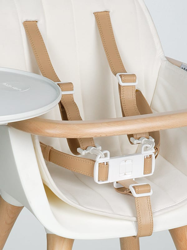 Mid Century Modern Baby Furniture: The Ovo High Chair by Micuna 9