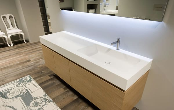 Sleek Bathroom Sensibility: Arco Countertop by Antonio Lupi