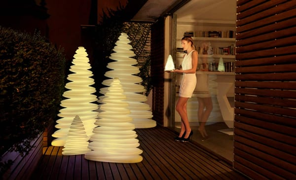 Chrismy Outdoor Lights by Vondom