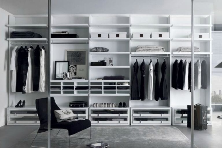white-modern-walk-in-closet-by-MisuraEmme