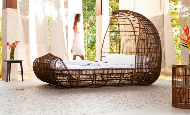 Exotic contemporary bed design