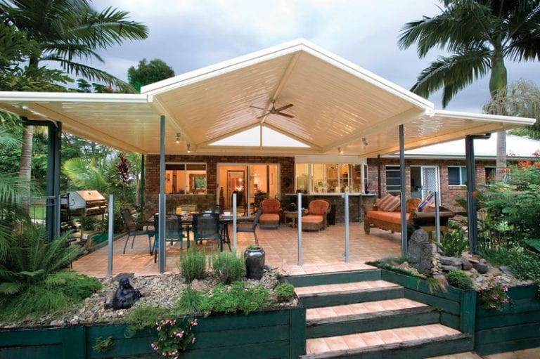 12 Amazing Aluminum Patio Covers Ideas and Designs on Patio Designs For Straight Houses id=56707