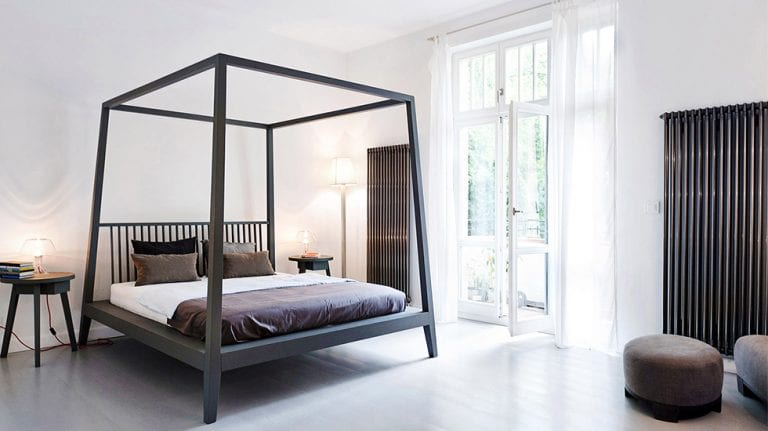 Iron Canopy Beds - 10 Lovely Ideas Designs and Photos 37
