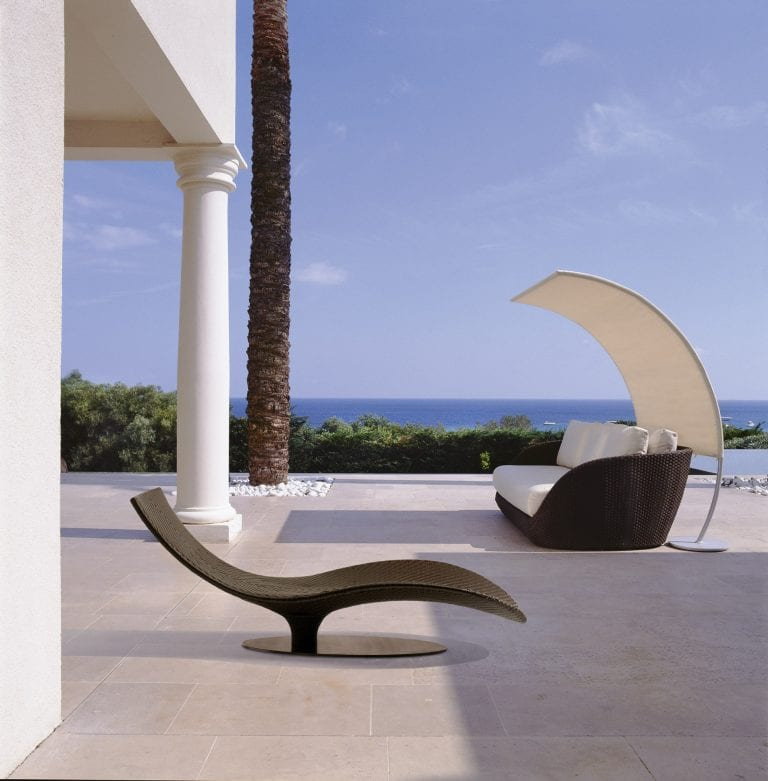 contemporary lounger design