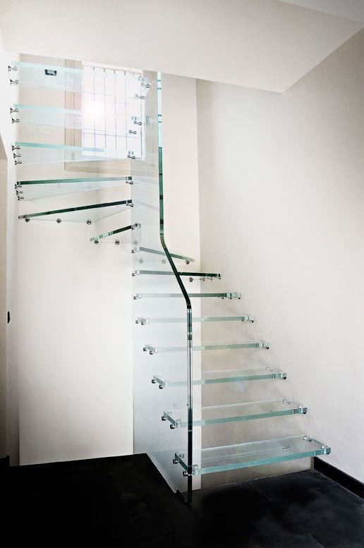 extra clear glass stair design