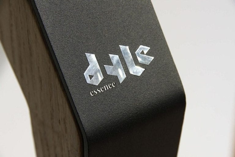 Dyle Bespoke Dining Table Logo