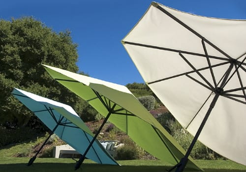 VIZOR LARGE TILTING PATIO OUTDOOR UMBRELLAS SUN SHADE