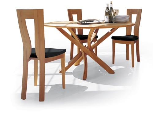 SELTZ MODERN DINING TABLE SOLID WOOD