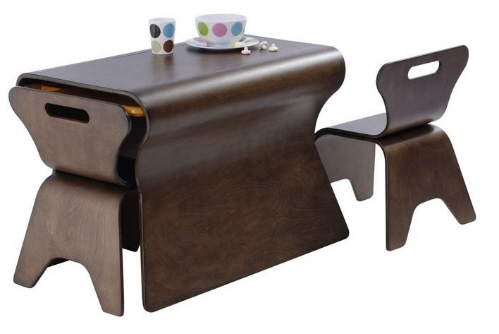 bloom children's furniture table and chairs set